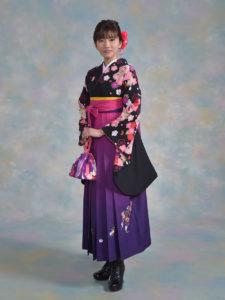 二尺袖092カンサイ黒地花雪輪×袴302紫ぼかしししゅう入