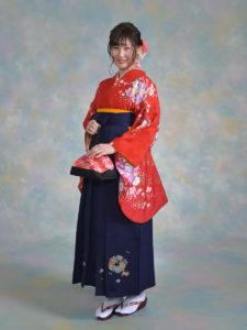二尺袖093朱赤綸子コスモス桜×袴201紺ししゅう