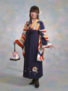 二尺袖127モダンオレンジストライプ×袴201紺刺しゅう入