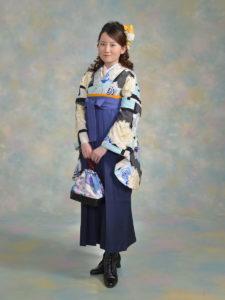 二尺袖129セシルマクビーモダンブルーバラ×袴103ブルー紺ぼかし