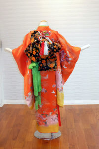 5400-010-00L:赤地すそ黄蝶:¥15,000(税別)