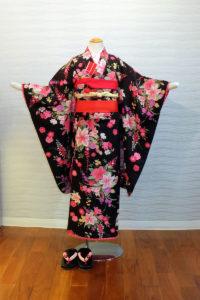5400-032-000:松田聖子黒地花柄:¥25,000(税別)
